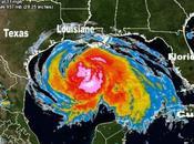 L'ouragan renforce avant toucher Texas (Houston)