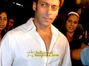 [PHOTOS] Shahrukh Khan Salman réunis pour mariage