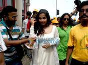 Vidya Balan pour 'Clean Green Mumbai'