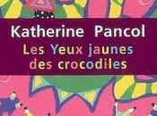 Yeux Jaunes Crocodiles