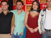 Salman Khan Kareena Kapoor font promo Main Khanna.