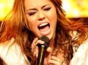 Miley Cyrus: quand elle chante lors concert pour l'espoir