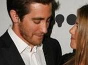 Jake Gyllenhaal tourne autour Jennifer Aniston