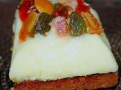 Fondant l'huile d'olive pain d'épices poêlé chapeau fruits confits