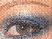 Oeil bleu avec collection Avatar Make Ever