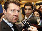 Christian Estrosi ministre mais luxe Paris appartements fonction