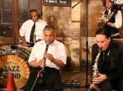 Lenny Kravitz chantent pour Louisiane