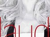 Karl Lagerfeld transforme Claudia Schiffer…