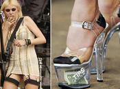 Taylor Momsen pleine promo tente faire parler d'elle elle montre sous vêtements, l'Amérique choquée