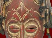 Choisir masque pour faire décoration africaine