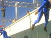 Video Bass Jump, faire musique sautant d'un immeuble