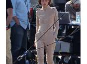 Keira Knightley enfourche moto pour Chanel
