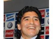 Premier League Maradona veut diriger club anglais