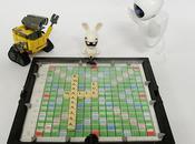 Lapin crétin joue scrabble avec Wall-e