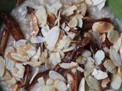 Porridge dattes, amandes grillées miel