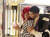 NOUVEAU CLIP: Rihanna feat Drake What's name