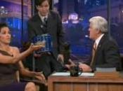 Halle Berry simule orgasme télévision