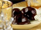 Chocolats coeur kumquat confit habillé pâte d'amande