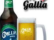 Gallia: blonde, parisienne, pétillante recherche jh(s) pour soirées mousse