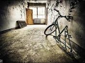 Petit vélo loin
