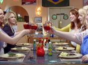 PROMETTEUR B.A. internationale 'Bridesmaids' avec Kristen Wiig Rose Byrne [VO]