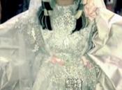 Lady Gaga, sublime Christian Lacroix Vintage dans Judas