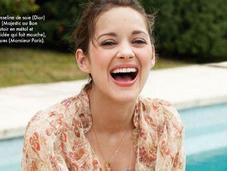 Marion Cotillard, naturelle souriante pour magazine Elle, Aout 2011