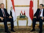 """Egypte: Caire juge traité paix avec Israël n'est """"sacré"""""""