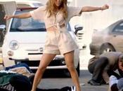 Jennifer Lopez déclenche émeute pour vidéo Papi