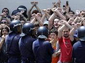 Vidéo: indignés italiens victimes casseurs