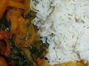 Repas indien végétarien dhal, potimarron épinards