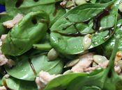 Salade d'épinards foie morue fumé graines courge