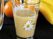 Smoothies banane, grenade orange