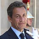 Nicolas Sarkozy est-il raisonnablement petit Twitter