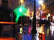 Pluie Paris crépuscule.