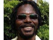 L'auteur Jean-Pierre Makosso obtient article dans journal Source, Vancouver (Canada)