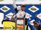 Kasey Kahne remporte Lenox Sprint