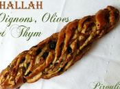 Hallah (pain brioché) l'huile d'olive, oignons, olives thym