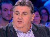 Pierre Ménès: Pour moi, Laurent Ruquier minable (vidéo)