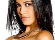 Ayem couchĂŠ avec Chris Brown Elle fait violemment tacler