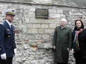 plaque dévoilée mémoire commandant Marin Meslée, parrain l'ancienne Reims