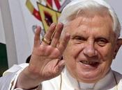 Pape Benoît arrive iPhone...