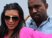kardashian kanye west posent comme jesus bresil