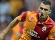 Burak Yilmaz agite Premier League