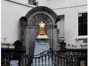 remplace statue Manneken sienne
