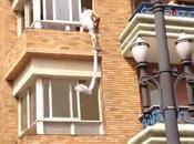 Vidéo: fuite d'un amant fenêtre