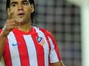 Monaco-Petit signature Falcao grand coup