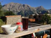 Apéritif dans Alpes (devant montagne éléphant)