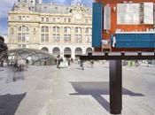 Ikea prend douche devant gare Lazarre