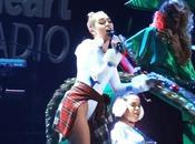 Vidéo Miley Cyrus plus grotesque jamais show Y100 Jingle Ball